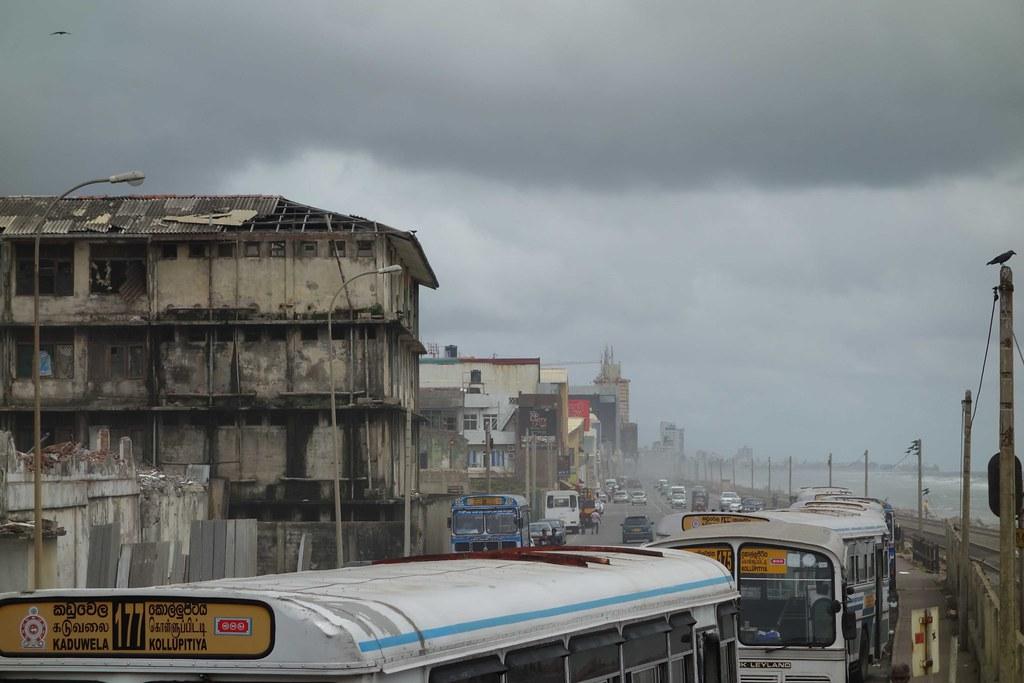 Sri Lanka - Colombo Bus