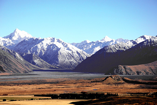 Upper Rangitata Basin, Canterbury, New Zealand, June 2007 | by PhillipC
