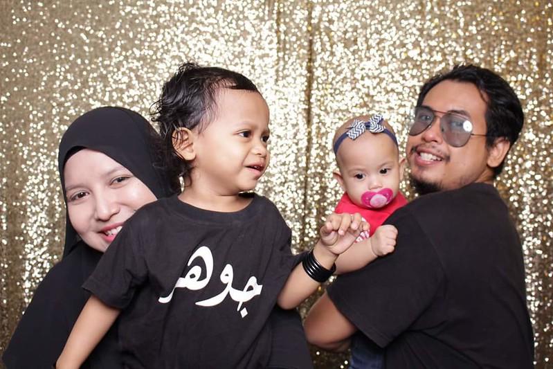 Theseplay - Gambar Keluarga Bro Framestone & Iera Kan