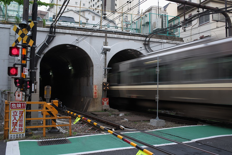 Tokyo Train Story 京王井の頭線 2016年5月1日