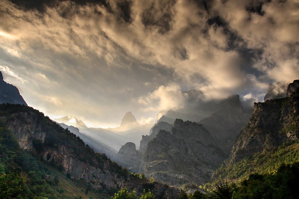 Hiking Cantabria