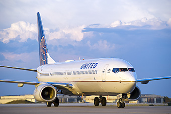 United B737-900ER 1 (United)