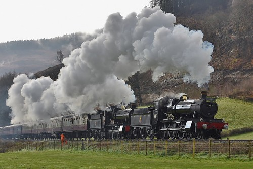 "7822 ""Foxcote Manor"" & 7820 ""Dinmore Manor"""