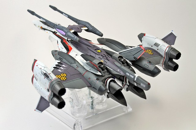 VF-25F Tornado Messiah-D