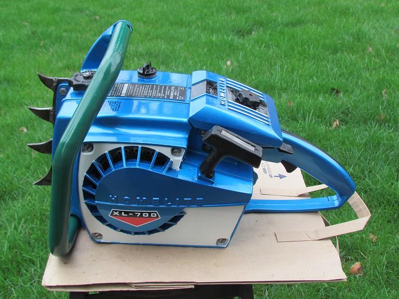 Homelite XL-700 - Chainsaw Collectors se