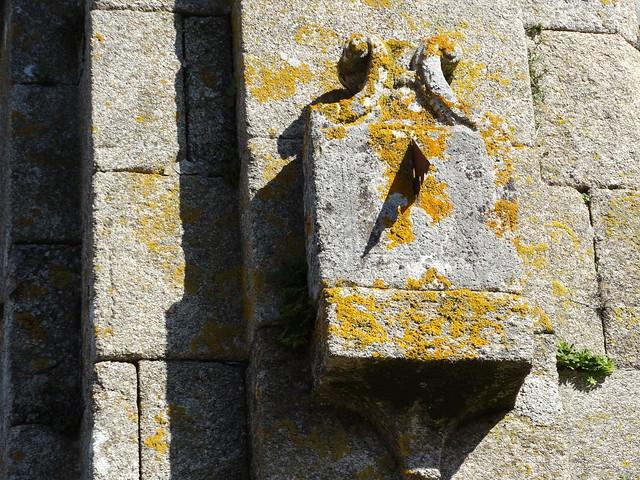 Reloj de Sol en la iglesia de San Martiño de Miñortos