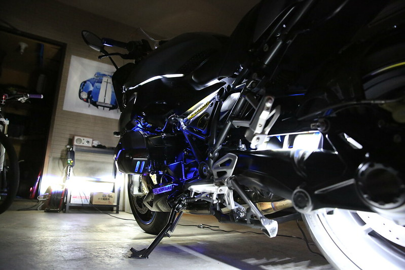 BMW R1200RS LED Custom Final