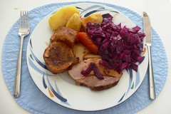 Roast pork, red cabbage and potato
