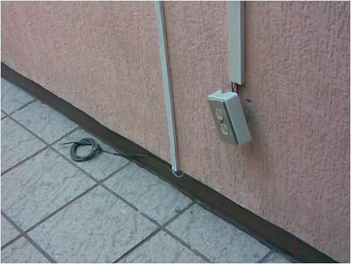 Mala instalaci n electrica proccash flickr for Instalacion electrica jardin