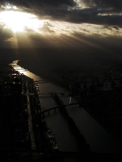 Atardecer - Sunset / Paris desde Arriba | by pacunar