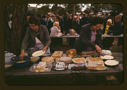 Cutting the pies and cakes at the barbeque dinner, Pie Town, New Mexico Fair  (LOC) | by The Library of Congress