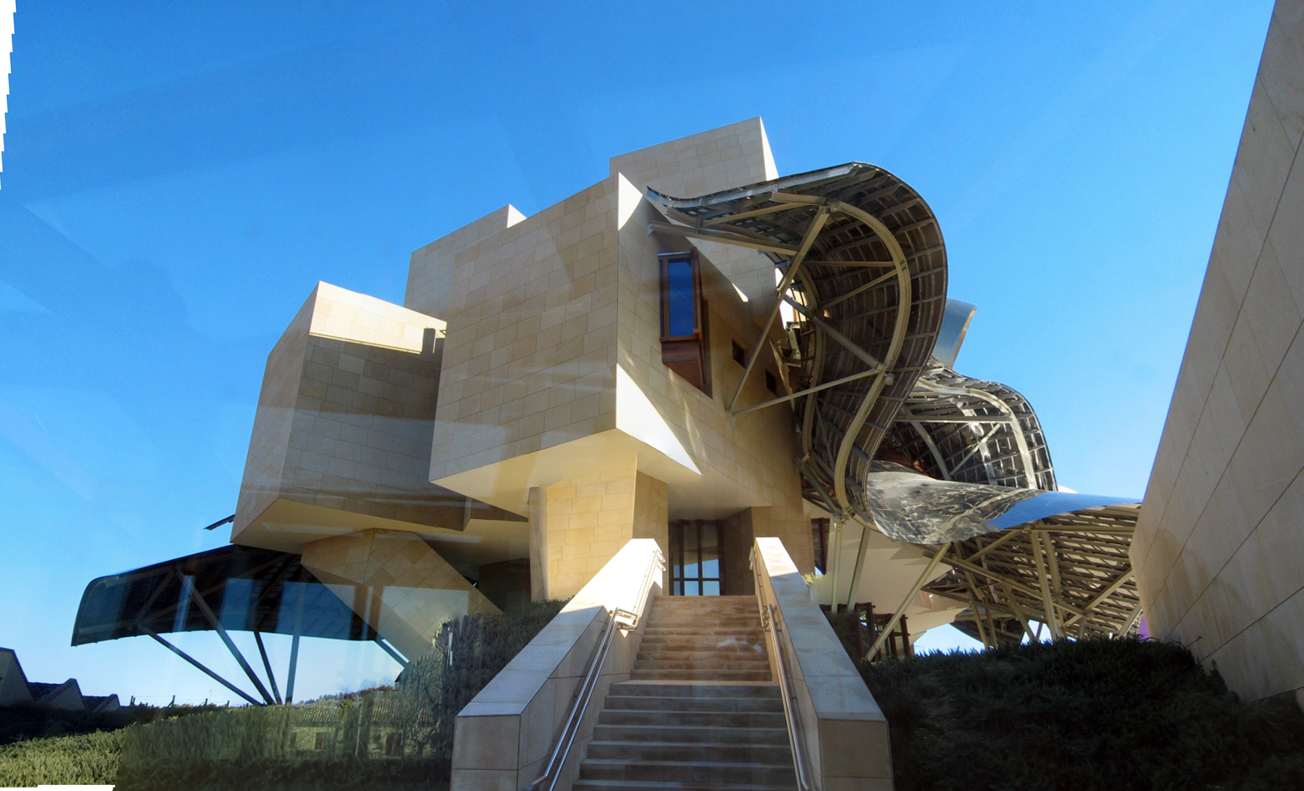 marques de riscal - frank gehry
