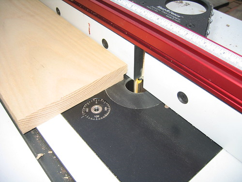how to cut a router table insert