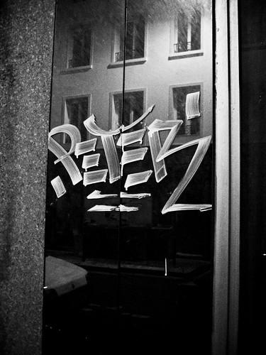 Miroir tagg martin le roy flickr for Miroir 3 pans