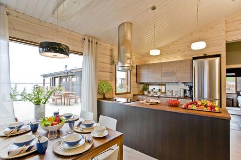 Maison contemporaine honka interieur honka maison bois for Porte contemporaine interieur