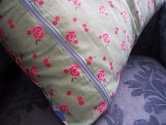 cushion back | by **tWo pInK pOSsuMs**