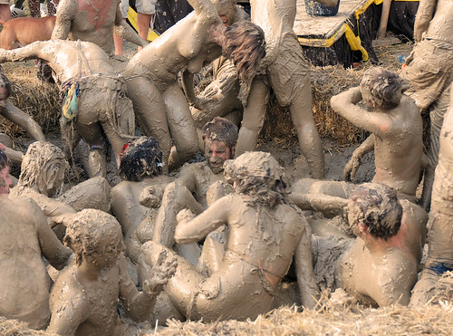 Free Asian Mud Fights 29