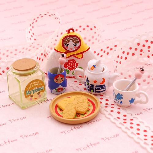 Re Ment Kitchen Set: Re-Ment Brand - Mini Kitchen Set - Matryoshka