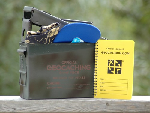 Geocaching Container - Regular | by cachemania