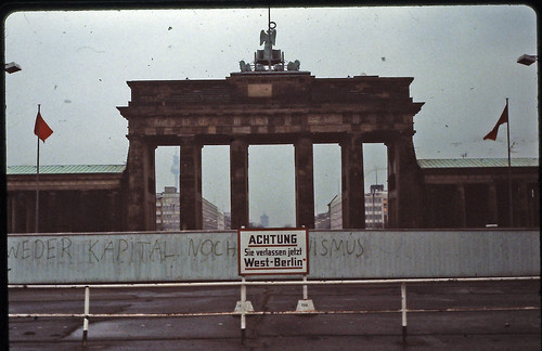 Berlin - Brandenburger Tor - February 1982 | by LimitedExpress