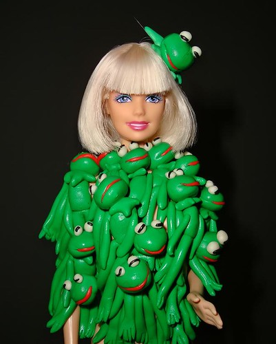 Lady Gaga's Kermit the Frog Outfit | by veik11