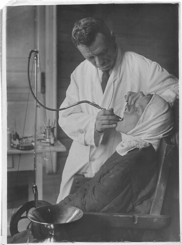 Traveling Dental Station, Moscow District, Village Medveditsak Kirmy (May, 1931) | by DickinsonLibrary