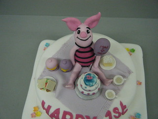 My 1st Piglet cake | by Lisa Templeton