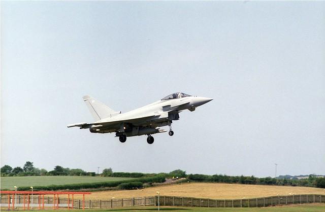 Eurofighter Yeovilton 2013 om 135mm f2.8