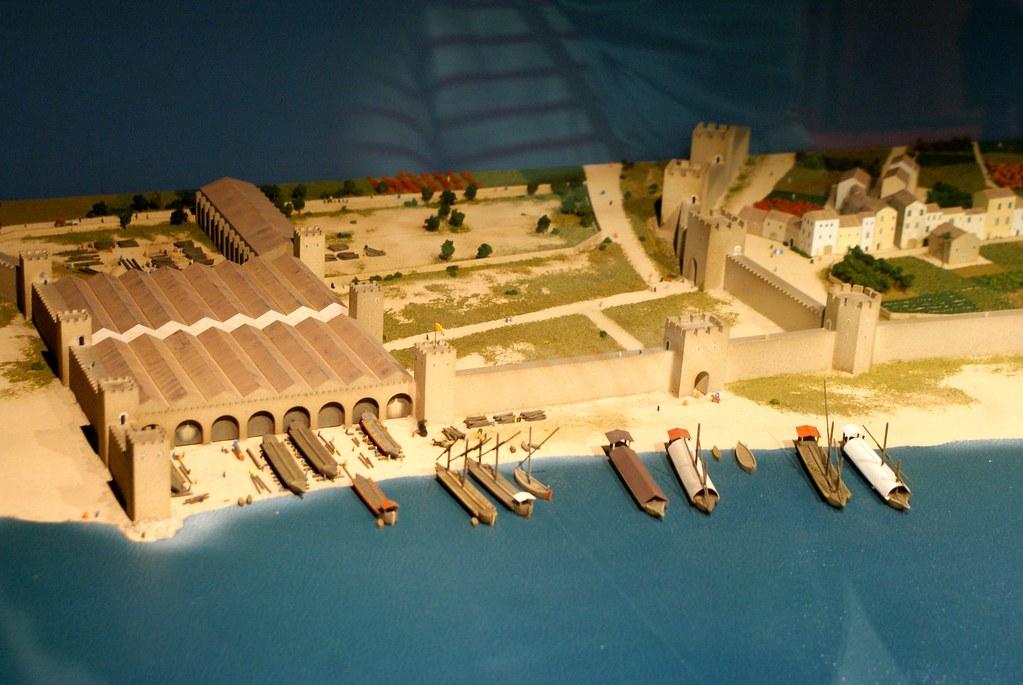 Maquette des arsenaux royaux appelés Drassanes où se situe le musée maritime près de l'actuel port de plaisance de Barcelone.