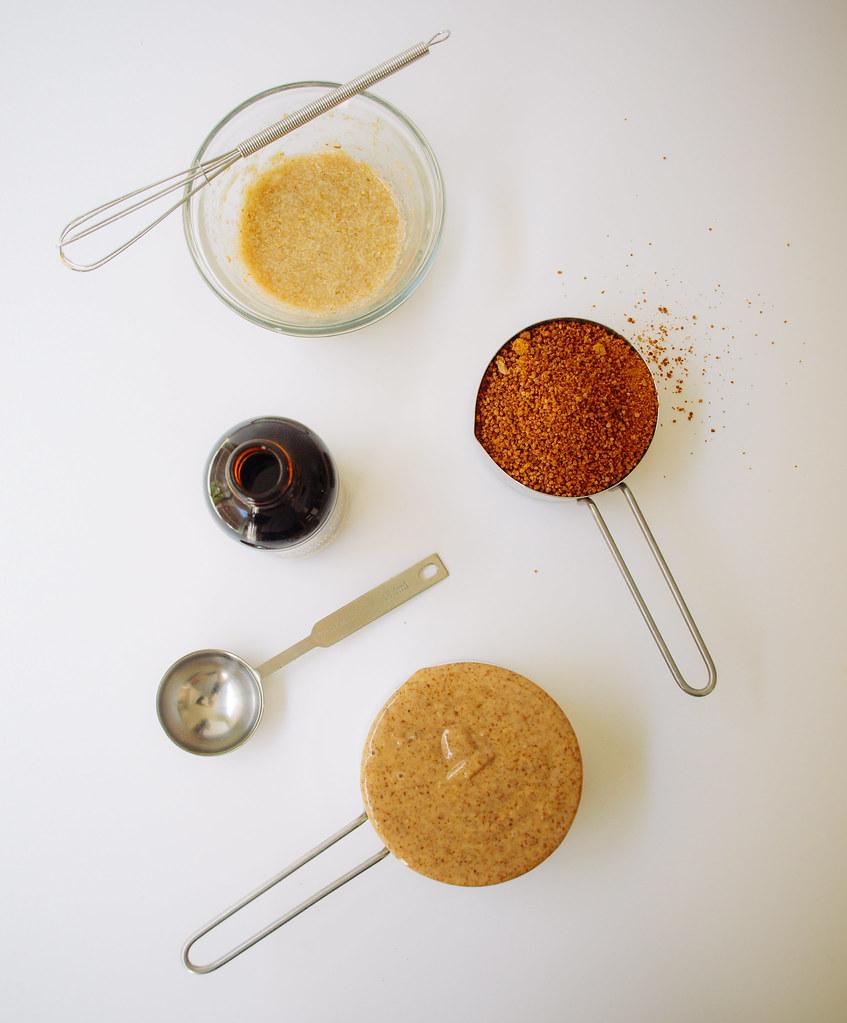 ALMOND BUTTER COOKIES (4 Ingredients)