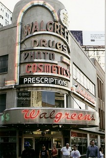 Walgreen Drugs- New Orleans, LA . 2002 | by Roberto41144
