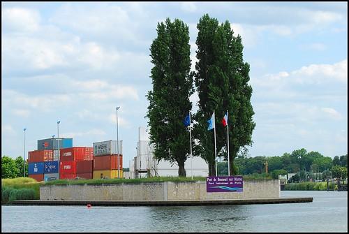 1 27 juin 2009 festival de l 39 oh promenade en bateau port - Piscine de bonneuil ...
