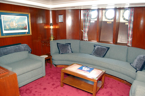 Captain S Lounge Dining Room Flordia