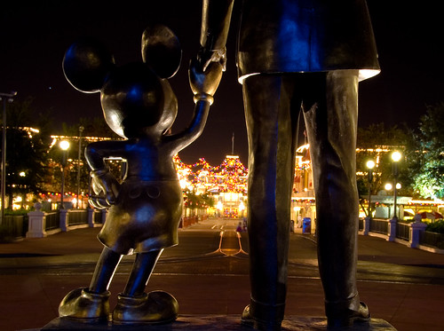 "Walt Disney World Christmas - ""Look After Our World"" (Explored) 