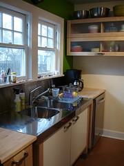 Green Wall Kitchen Tiles
