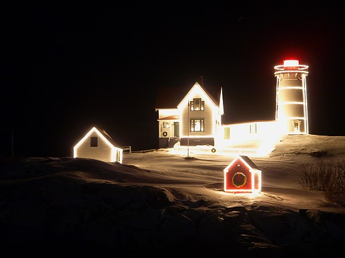 christmas at nubble light | by adventphotography