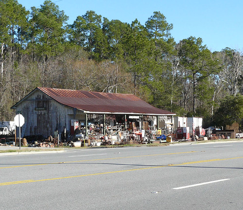 Antique store; DuPont, Georgia, USA | Antiques on US ...