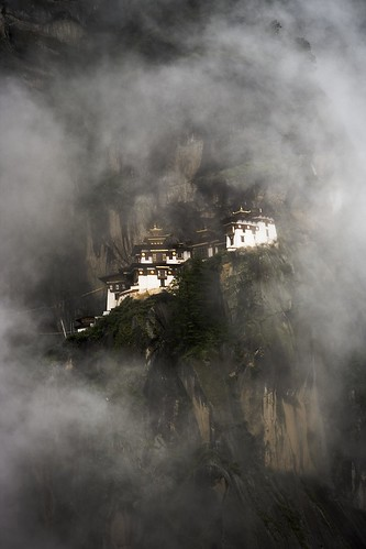 Tiger's Nest | by ruchiro