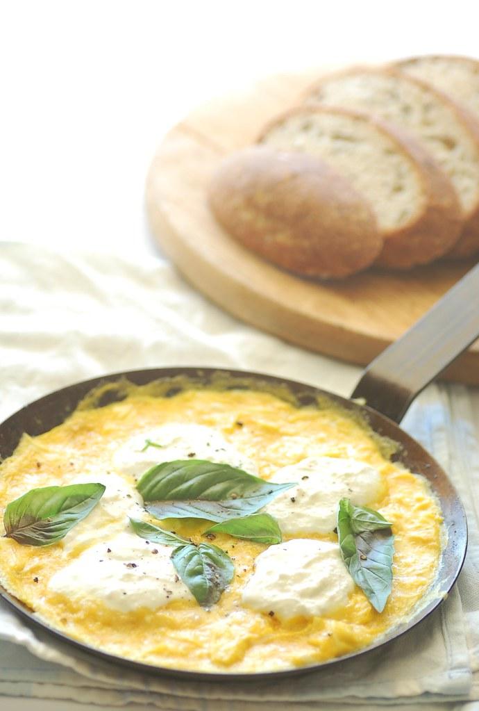 basil & ricotta breakfast frittata