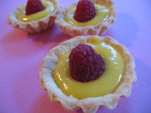 Lemon Curd Wedding Cake Filling