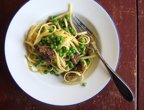 morel and pea pasta from above | by Jess | Sweet Amandine