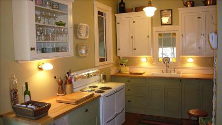 painted green kitchen cabinets real homes painted kitchen cabinets martha stewart s a 3973
