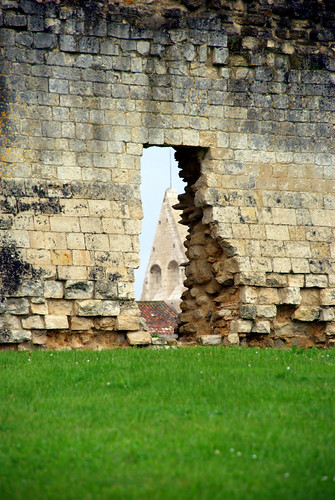 Un trou dans le mur abbaye de maillezais j r me decq for Reboucher les trous dans un mur