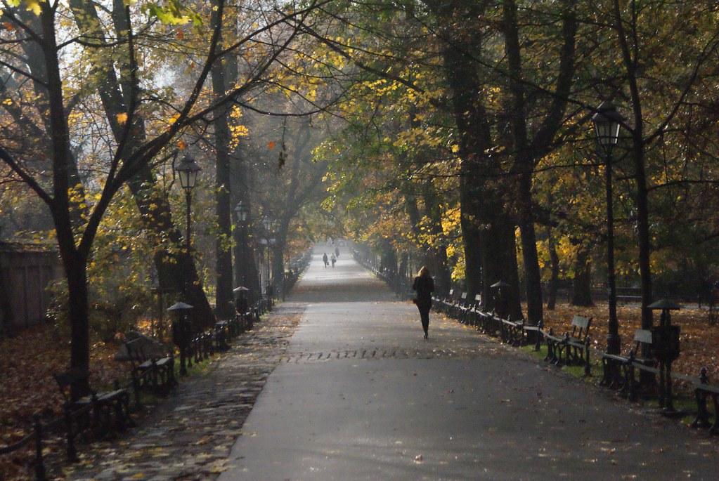 Le parc des Planty autour de la Vieille Ville de Cracovie.