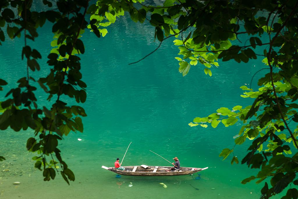 Fishing @ Umngot River, Dawki, Meghalaya