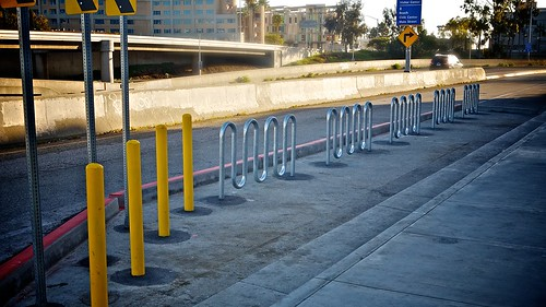 The Secret On-Street Bike Parking Corral Of Santa Monica | by Gary Rides Bikes