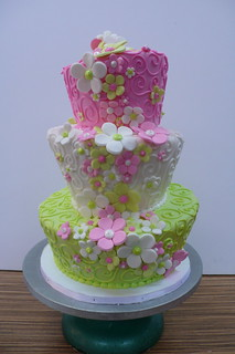 topsy turvy swirls flowers pink green | by CAKE Amsterdam - Cakes by ZOBOT