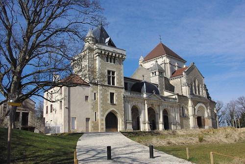 Fontaine les dijon la maison natale de saint bernard for Maison fontaine les dijon