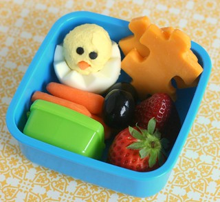 Something to chirp about - World Autism Awareness Day bento snack lunch | by anotherlunch.com