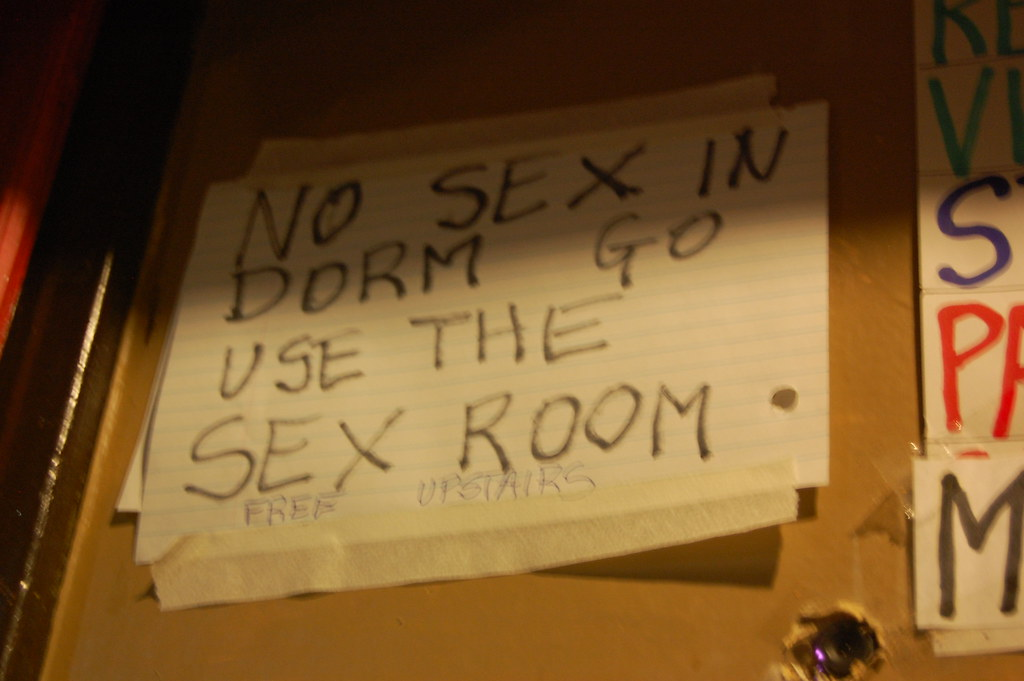 Hostel - no sex